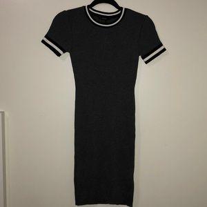 Gray midi knitted dress